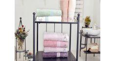 3 rankšluosčių komplektas, Lyric CEG