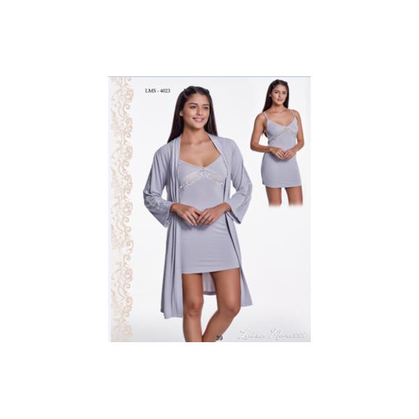 Moteriškų naktinių drabužių komplektas