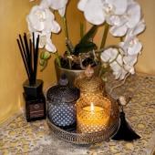 NAUJIENA! Jau galite įsigyti mūsų asortimentą papildžiusias natūralias sojų vaško žvakes. Taip pat kartu su šiomis žvakėmis Jūsų interjerui papildyti puikiai tiks veidrodiniai padėklai. 🕯🤍